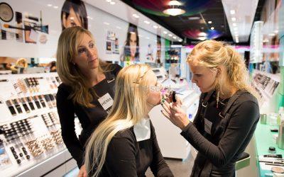 Visagist of hairstylist inzetten tijdens de feestdagen